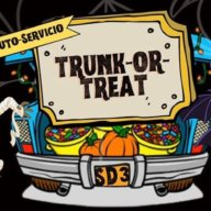 Celebran Halloween en evento familiar 'Trunk-or-Treat' en Brentwood